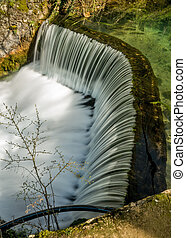 Semicircular dam that cause waterfall 05