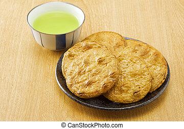 Senbei and green tea