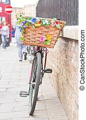 senhora, bicicleta