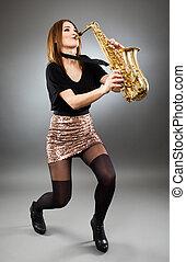 senhora jovem, jogo saxophone