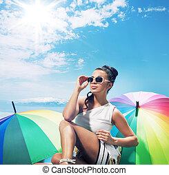 senhora, levando, adorável, jovem, sunbath