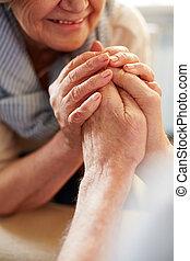 senior összekapcsol, kézbesít
