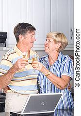 senior összekapcsol, részeg bor