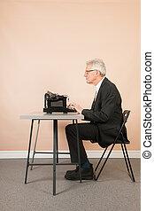 senior bábu, noha, antik írógép