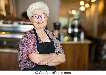 senior, coffeeshop, eigenaar