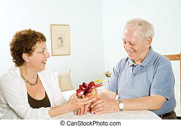 senior couple gifts