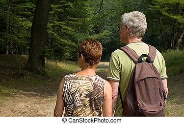 senior couple hiking -2