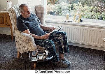 Senior diabetic Man Relaxing at Home - Senior diabetic man ...