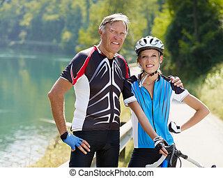 senior, fietser