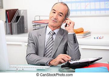 Senior financial counselor