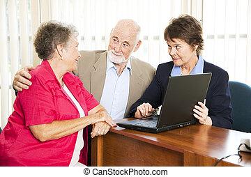 senior, financieel, paar, adviseur