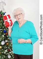Senior guessing her christmas gift