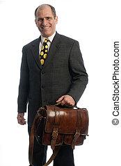 senior, handlowy wykonawca, szczęśliwy, zaufany, z, skóra, łopatka, attache, torba, dla, podróż
