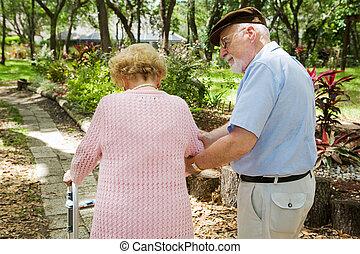 senior, huisbewaarder