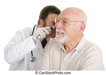 senior, medisch, -, controleren, oor