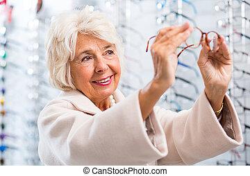 Senior patient with vision problem