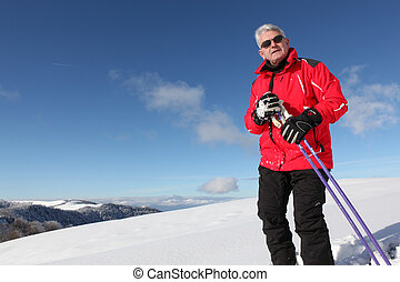 senior skiing
