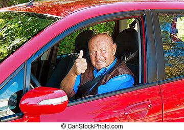 senior, som, a, bil, chaufför, in, den, bil.
