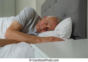 senior, sovrum, aktiv, sova, man, säng