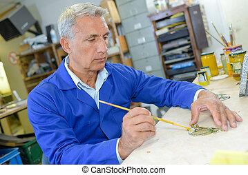 senior, stolarz, planowanie, praca, w, jego, warsztat