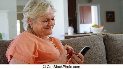 senior, telefoon, levend, beweeglijk, gebruik, 4k, vrouw, ...
