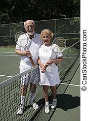 senior, tennis, paar, vol overzicht