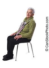 senior woman, fehér, ülés