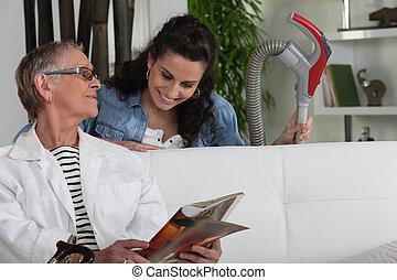 senior woman, hölgy, takarítás