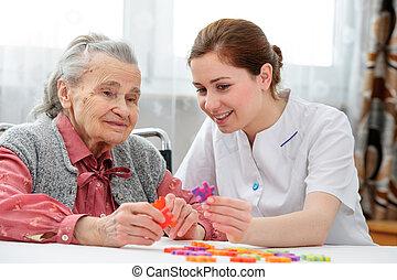 senior woman, noha, neki, idősebb, törődik, ápoló