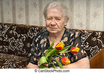 Senior woman portrait of a 88 year old lady