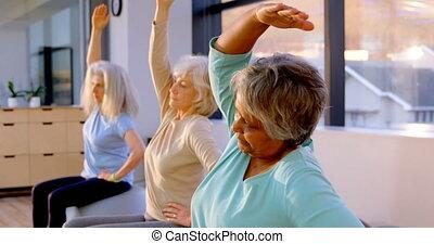 senior, yoga, vrouwen, 4k, gedresseerd