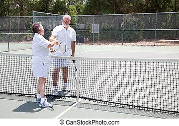 seniores, aperto mão, tênis, copyspace