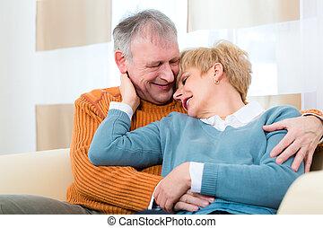 seniores, casa, ainda, apaixonadas, após, tudo, esses, anos