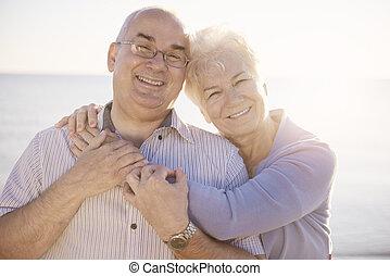 seniores, retrato, praia, amor