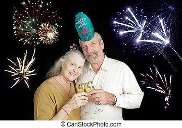 Seniors Celebrate New Years