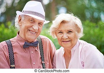 seniors, furfangos