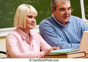 seniors, modern