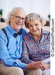 seniors, nyugdíjas