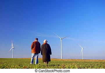 seniors', paar, und, windkraftwerke