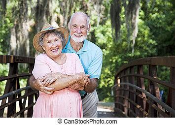 seniors, puente, romántico