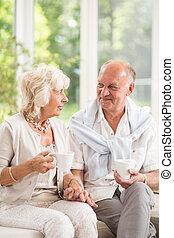 seniors, részeg kávécserje