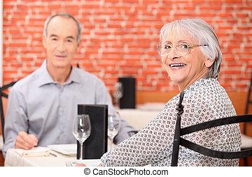 seniors, ristorante