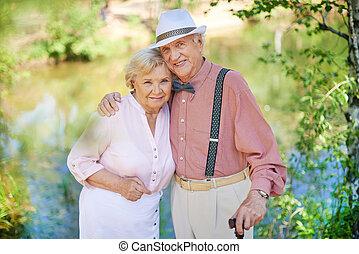 seniors, romantikus