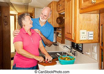 seniors, rv, -, románc, alatt, konyha