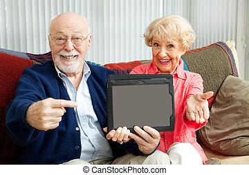 seniors, számítógép, tabletta, mutat