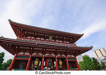 Senso-ji temple at Asakuda, Tokyo. Taken in spring 2011.