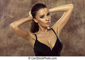 sensual, ブルネット, 女性, ポーズを取る, 中に, lingerie.