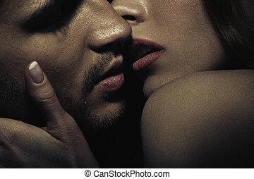 sensual, 写真, 偶力がキスする