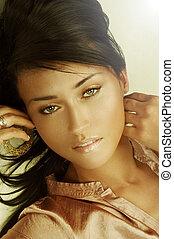 sensual, adulto jovem, mulher, com, bonito, longo, marrom, cabelos