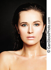 Sensual Woman  with Water Drops on Healthy Skin. Beautiful Face